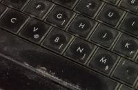 Prljav laptop